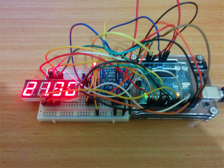 digital_clock_breadboard