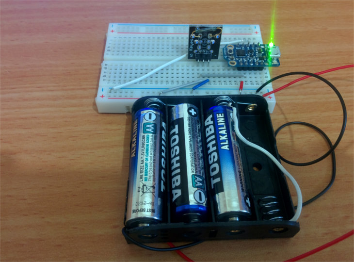 adafruit-trinket-battery